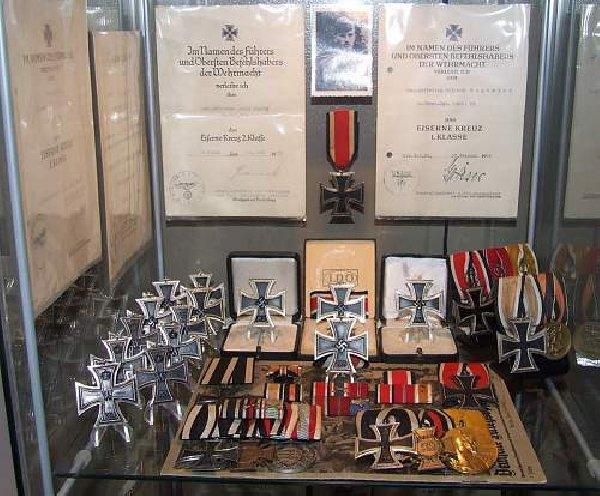 Kupię Stare Wojskowe Kolekcje,zbiory Telefon 694-972-047