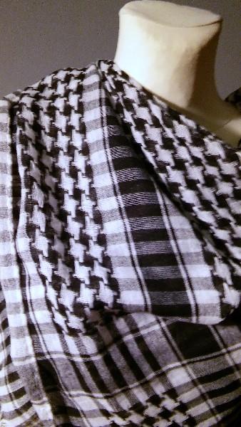 Chusta Arafatka Szara I Biała 4